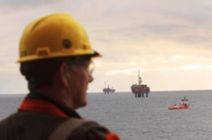 union-urges-uk-government-to-save-oil-gas-jobs